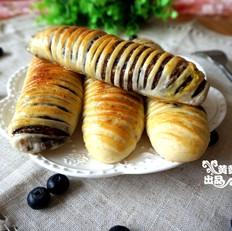绵软好吃有颜值的毛毛虫面包