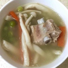 排骨豌豆鲜菇汤