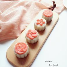 花朵冰皮月饼