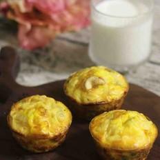 快手早餐——蔬菜坚果鸡蛋杯