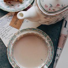 这杯热奶茶,按顺序煮,才能煮出完美味道