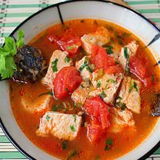 番茄冻豆腐笋壳鱼汤