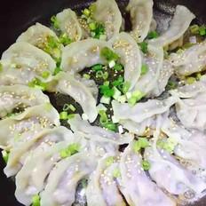猪肉茴香锅贴饺
