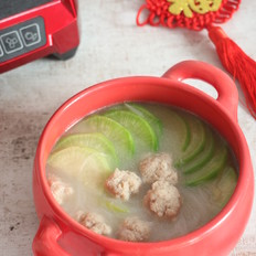 萝卜丸子粉丝汤
