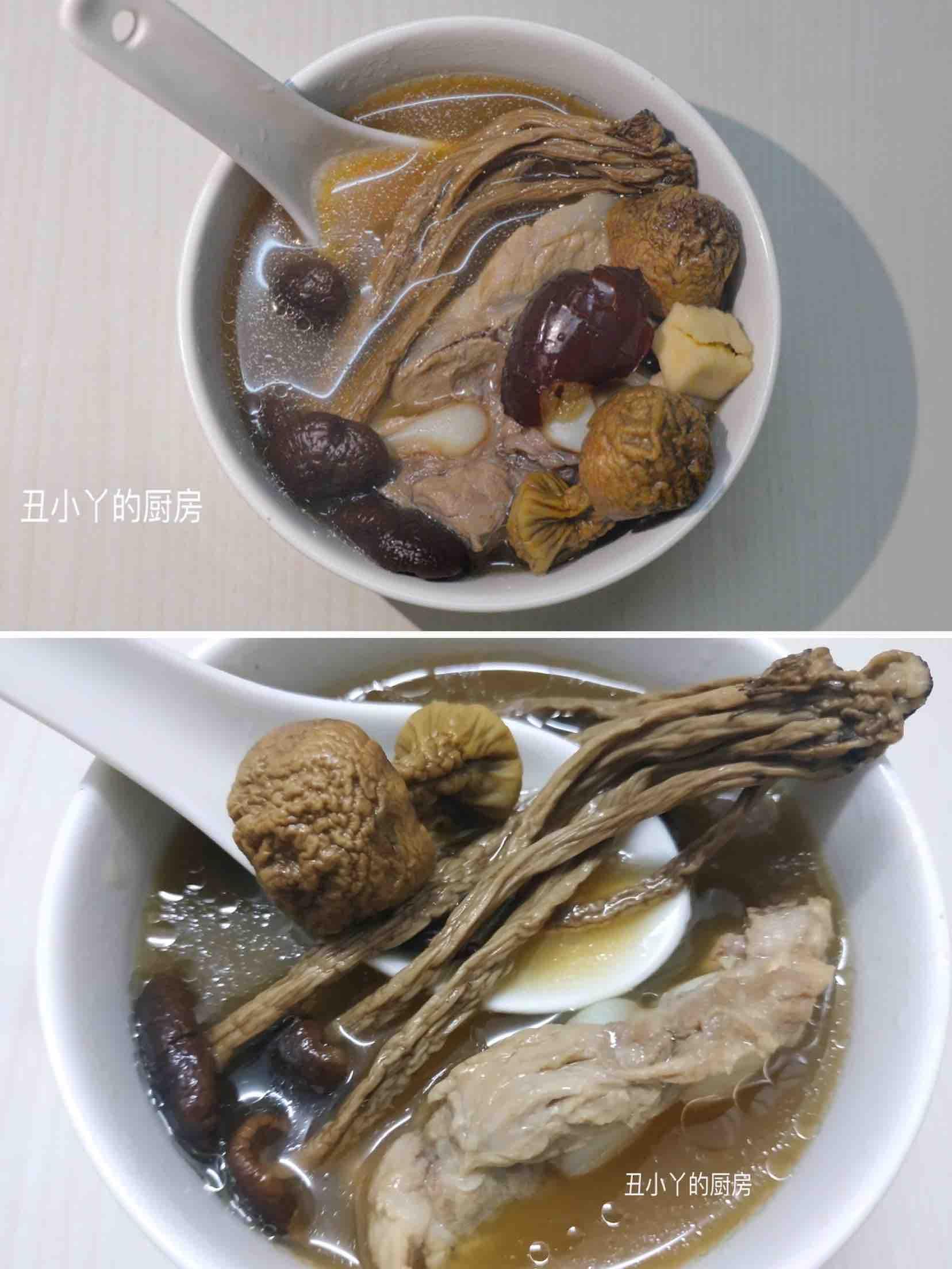 姬松茸+茶树菇+排骨汤