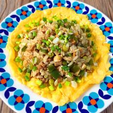 甜椒豆腐干肉末蛋包饭