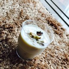 核桃酸奶燕麦杯