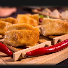 香脆可口的土豆猪肉锅贴
