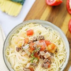 西红柿牛肉意面