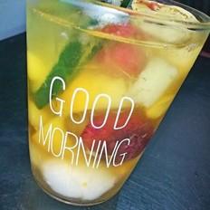 苹果橙子水果茶