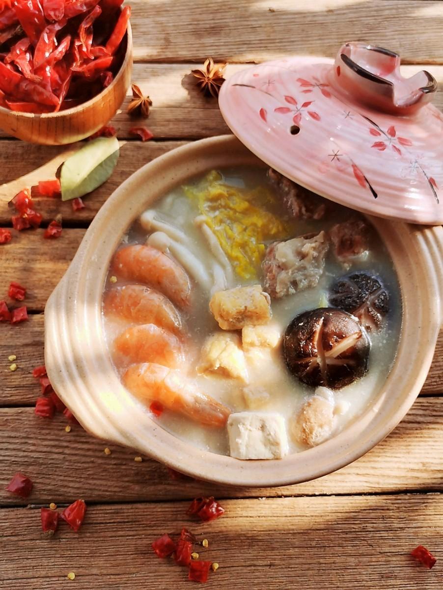 汤鲜味美的豆浆火锅