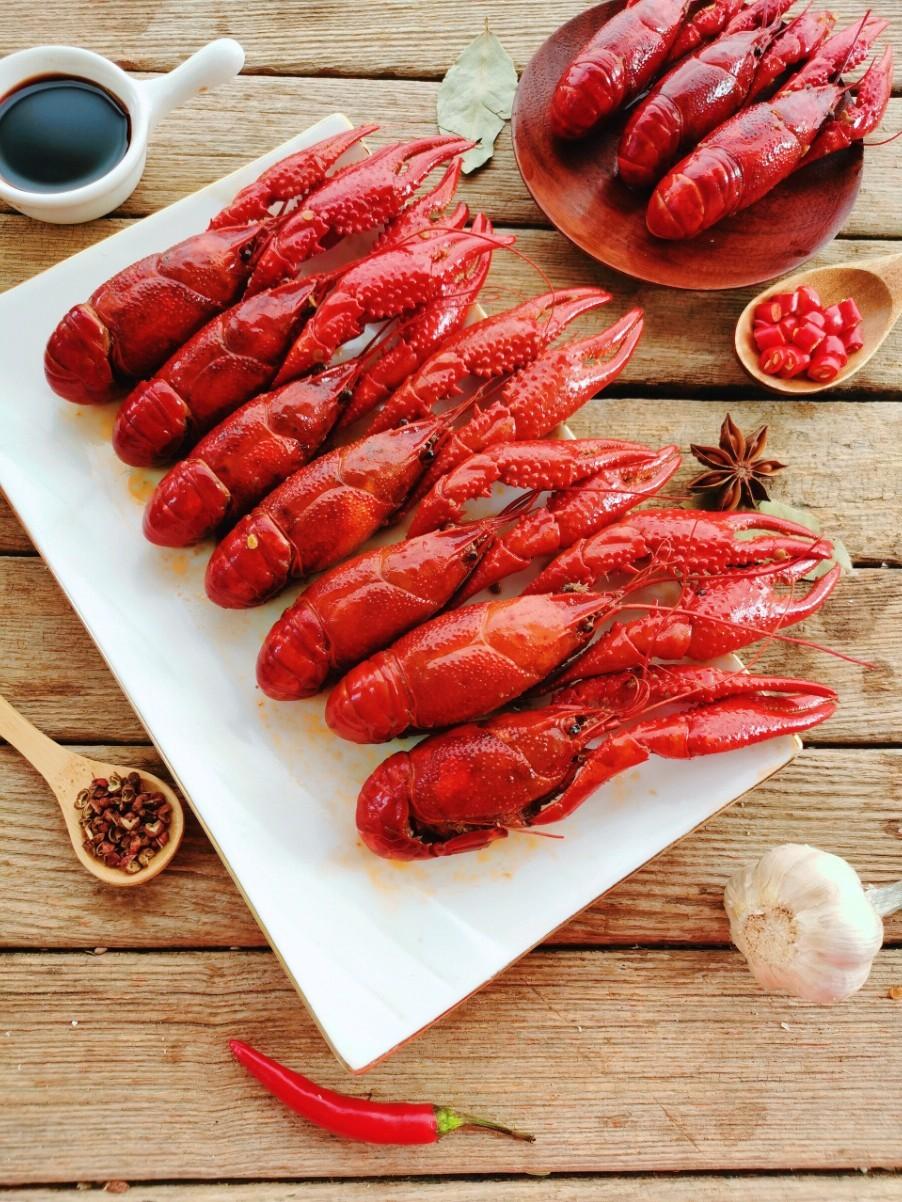 香辣红烧龙虾