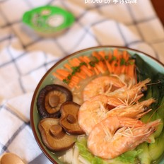 浓汤宝时蔬鲜虾面