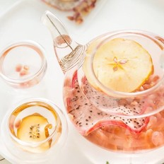 在家自制养生新鲜水果茶的做法