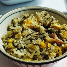 橄榄菜牛肉炒蛋饭