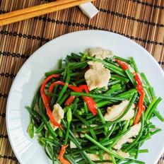 韭菜花炒鸡胸肉