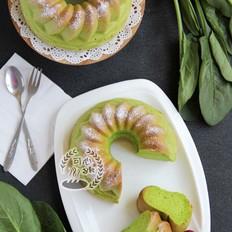 颜色可与抹茶媲美的菠菜萨瓦林蛋糕