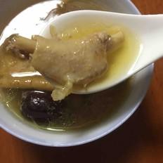 红枣党参煲鸡汤