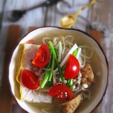 金针菇鱼糕清汤