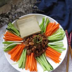 豆腐皮卷肉