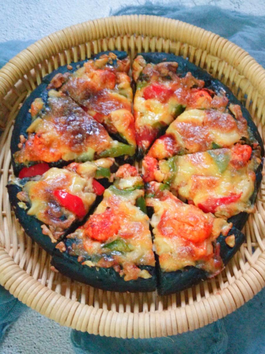 小龙虾黑披萨