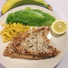 香煎鸡胸肉超级简单的营养早餐