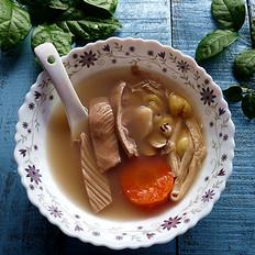 银杏腐竹猪肚汤