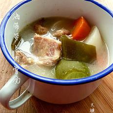 海带萝卜肉骨汤