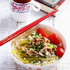 黄花菜肉丝汤面