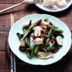 松茸炒红菜苔