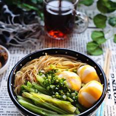 芹菜海胆丸汤面