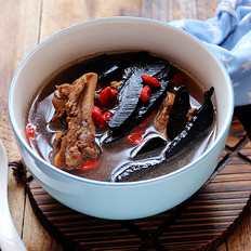 灵芝肉骨汤
