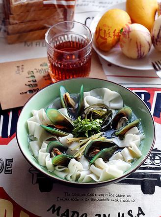 青口海带汤面的做法