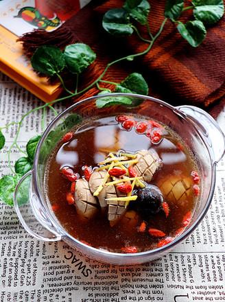 黑蒜猪腰枸杞汤的做法