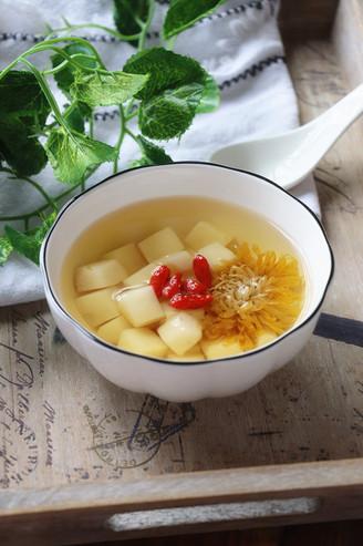 冰糖荸荠菊花汤的做法