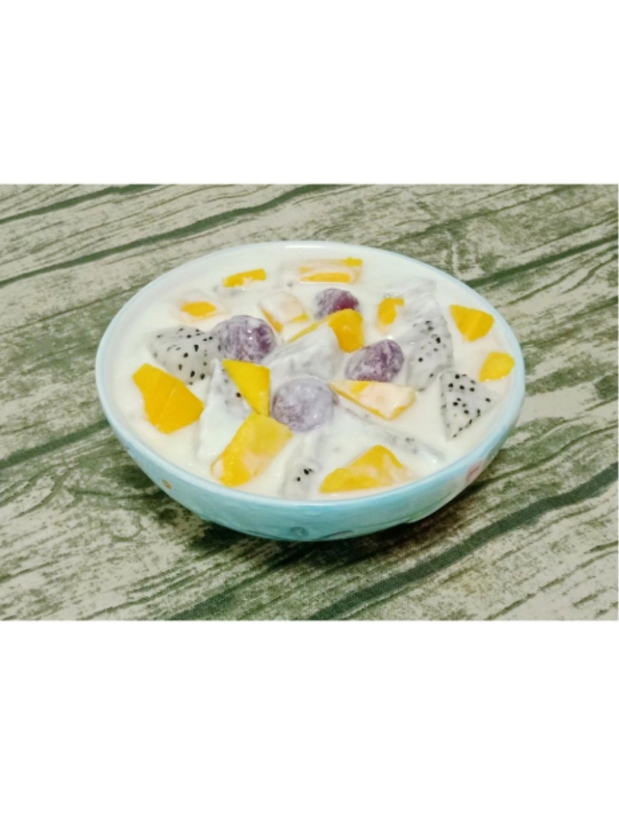 芋圆酸奶水果捞