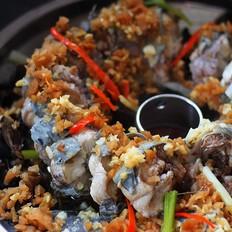 菜脯粒蒸盘龙鳗的做法