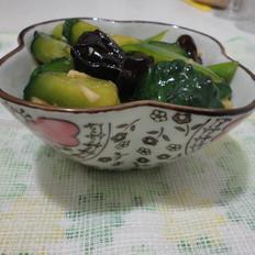 木耳尖椒拌黄瓜