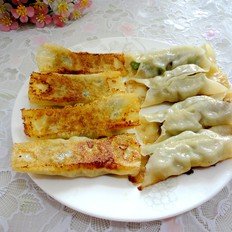 香菇青椒猪肉锅贴
