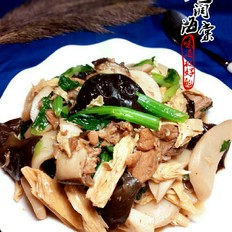 红烧排骨什锦菜