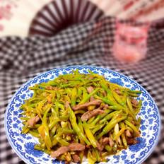 金针菜炒肉