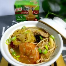 浓汤酸菜锅