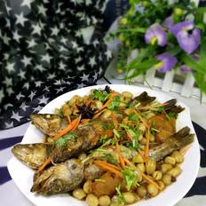鲈鱼炖花生米