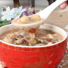 红枣莲子粥    适合的季节喝适合的粥