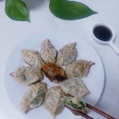 韭菜猪肉馅煎饺