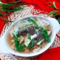 鸭血豆腐肉圆汤