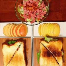 懒人版早餐一鸡蛋三明治