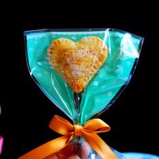 爱心形蓝莓酱夹心挞饼