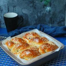 豆沙扭扭面包