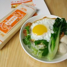 鱼丸鸡蛋清汤面